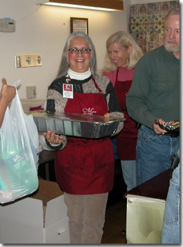 PHFS Volunteers Serve Dinner to Wounded Warriors and Families